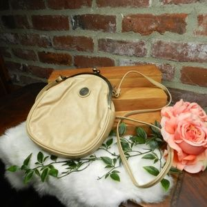 Vintage Capezio cream leather kisslock crossbody